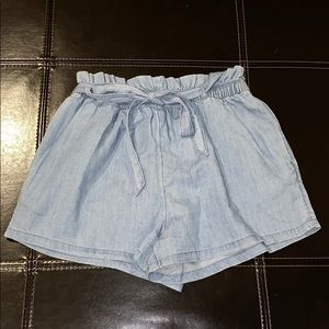 Hollister paper bag tie waist chambray shorts